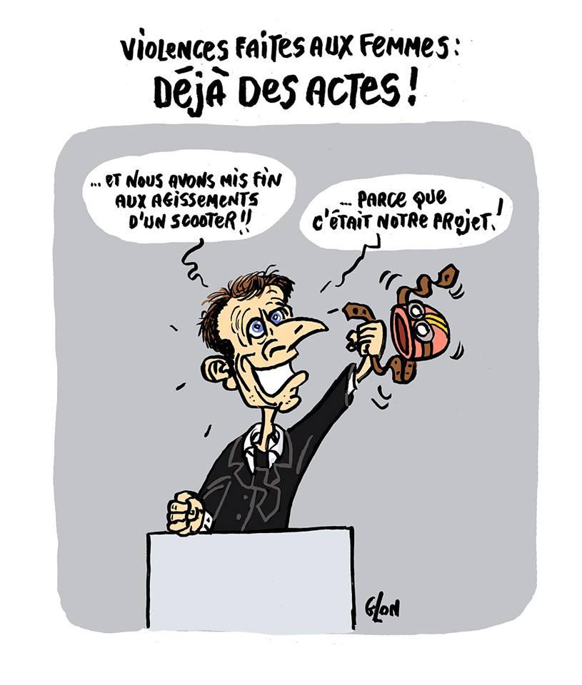 dessin humoristique d'Emmanuel Macron qui brandit un casque de scooter parce que c'était son projet