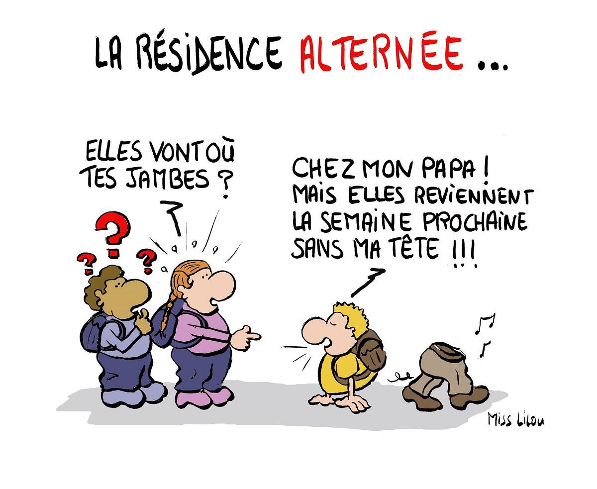 dessin humoristique d'un enfant du divorce en résidence alternée qui va par morceaux chez ses parents