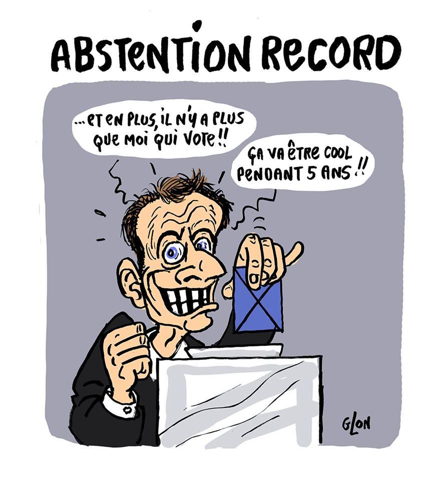 dessin humoristique d'Emmanuel Macron en train de voter aux législatives