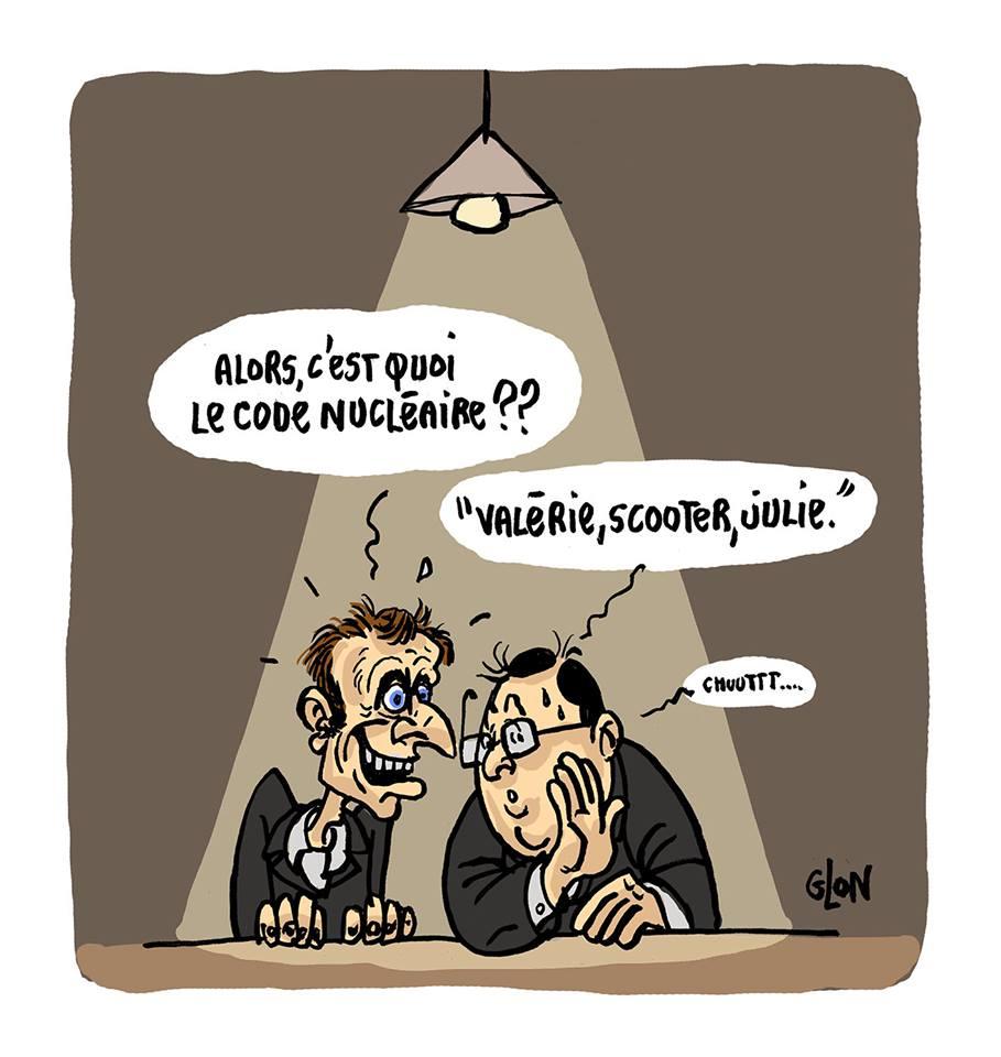 dessin humoristique de François Hollande communiquant les codes nucléaires à Emmanuel Macron