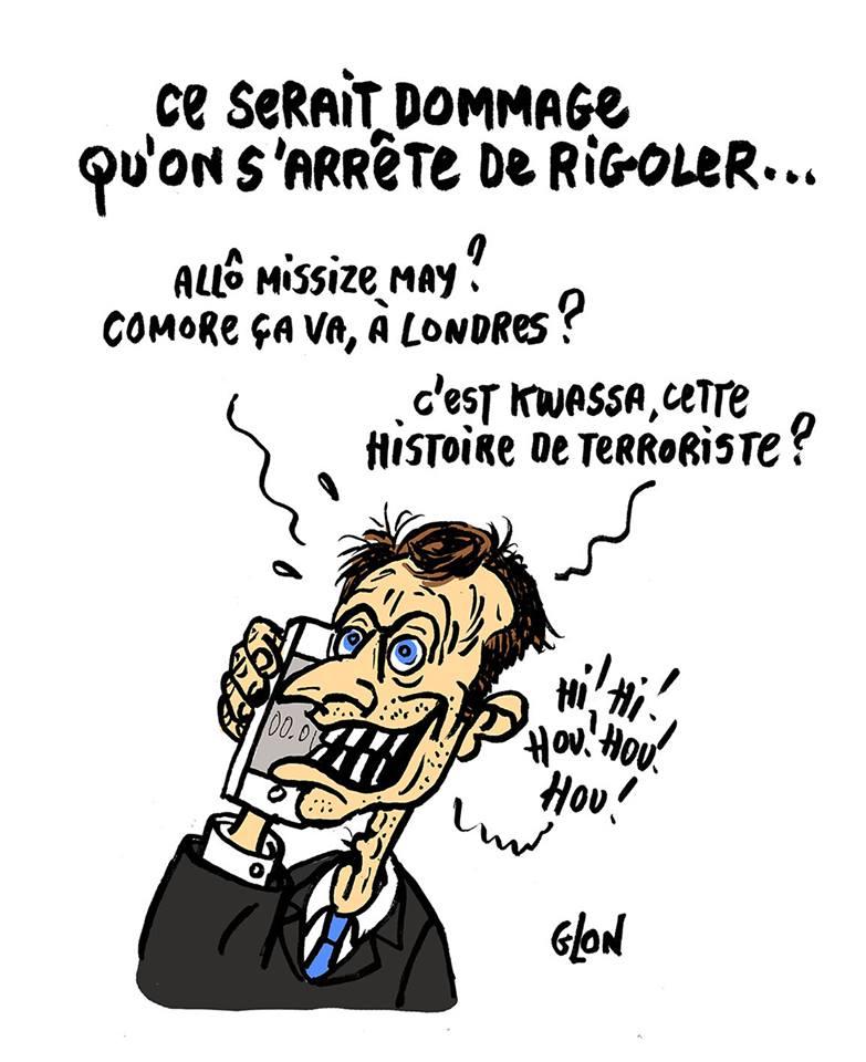 dessin humoristique d'Emmanuel Macron téléphonant à Theresa May