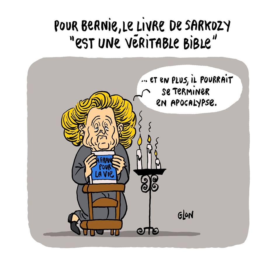 dessin humoristique de Bernadette Chirac parlant du livre de Nicolas Sarkozy comme une Bible