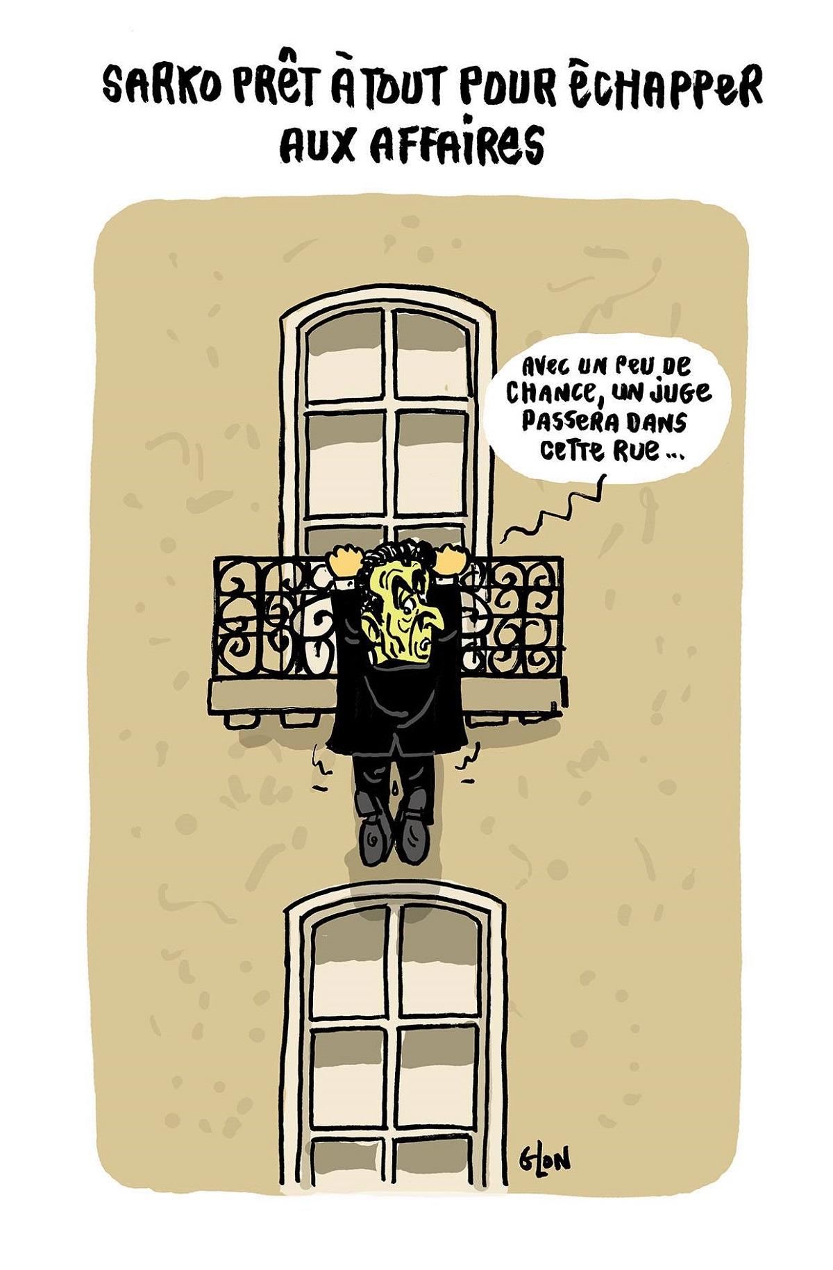 dessin d'actualité humoristique de Nicoas Sarkozy suspendu à un balcon en espérant échapper aux affaires