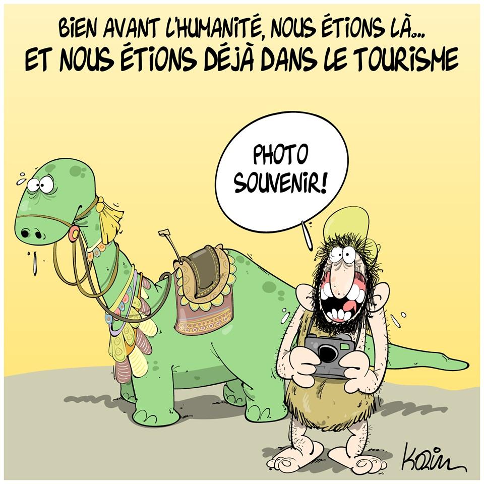 dessin d'actualité humoristique de Karim sur les algériens avant l'humanité au temps des dinosaures