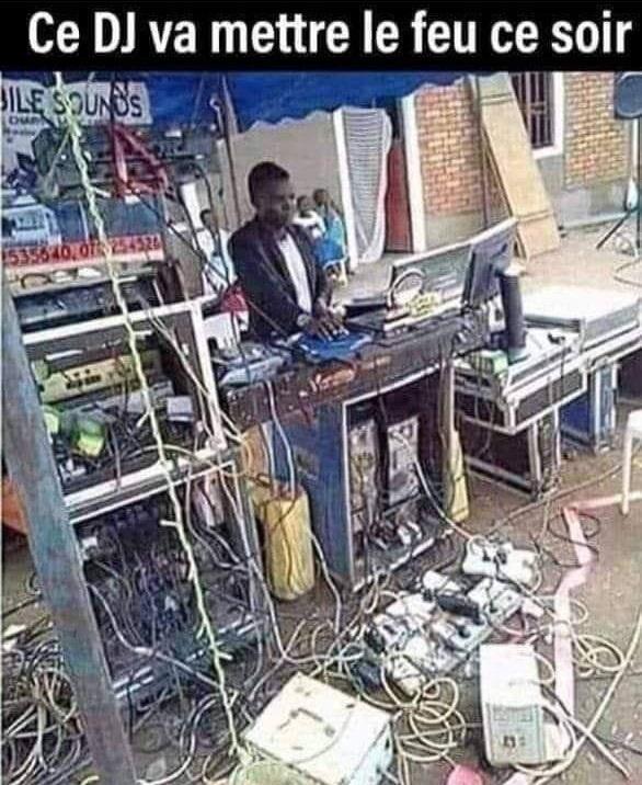 dessin humour DJ disc-jockey image drôle feu incendie électrique